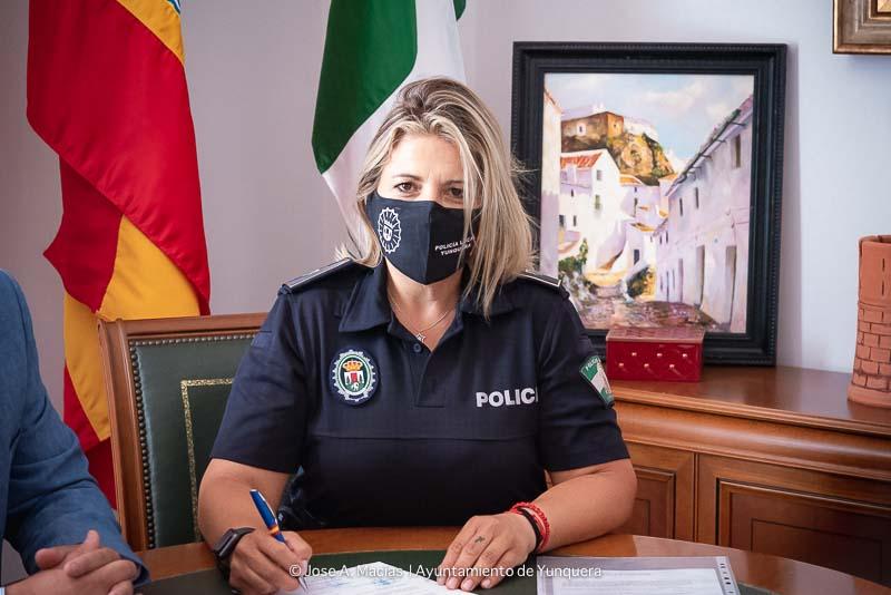 Mercedes primera mujer Policia Local en Yunquera y la Sierra de las Nieves